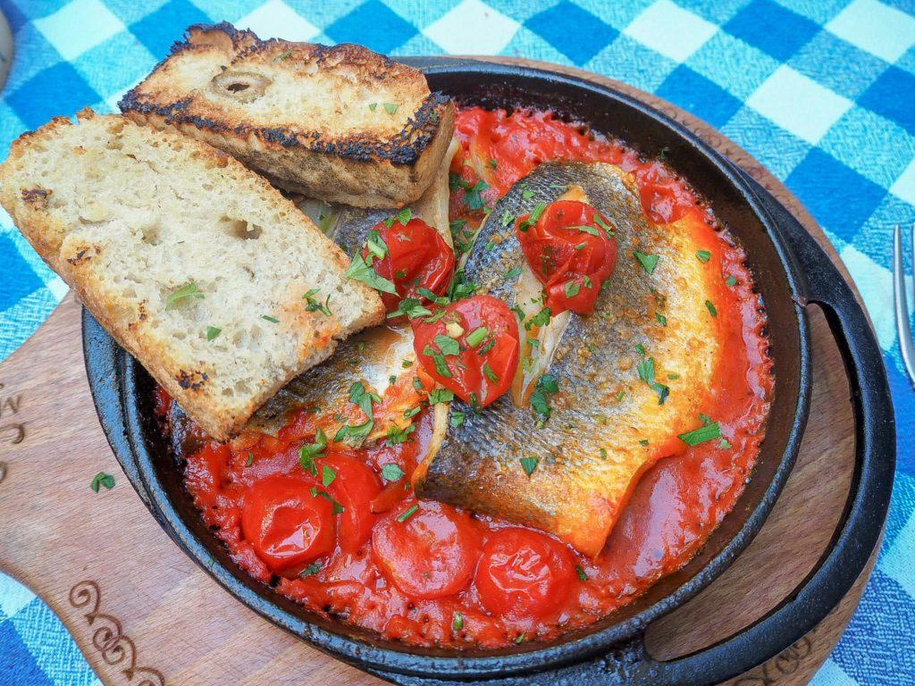 Fine FooFine Food Murter (Murter, Kroatien)d Murter (Murter, Kroatien)