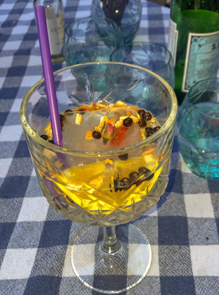"Gin Tonic mit ""Old Pilot's Gin"""
