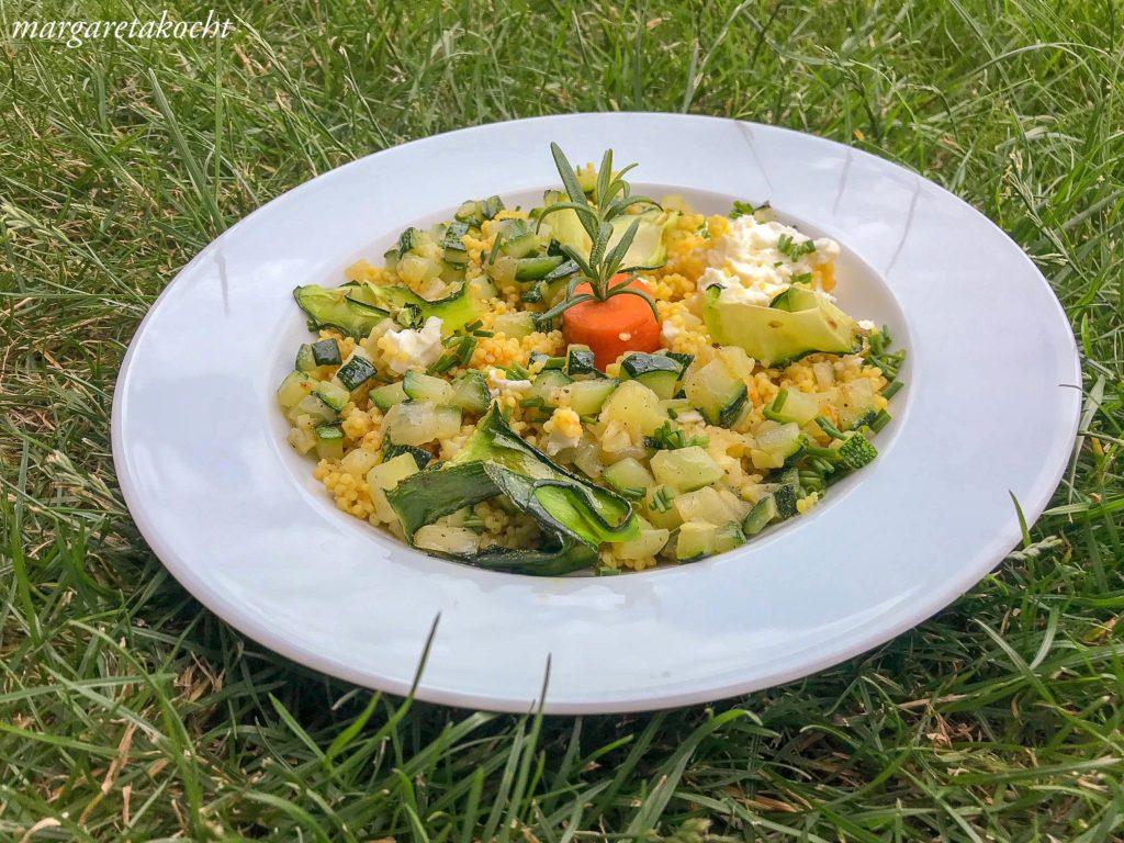 Hirse Risotto mit Zucchini & Schafkäse