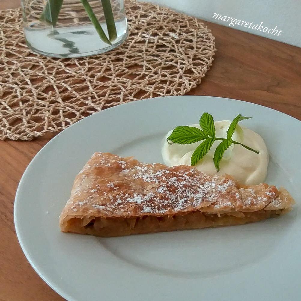 Apfel Tarte vom home-made Blätterteig