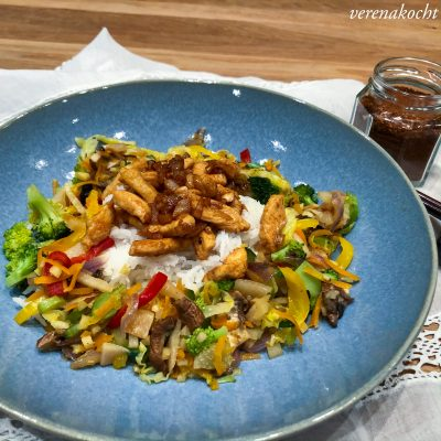 healthy Hühner Wok mit Veggies & Reis (und) vom Jammern zum Grinsen