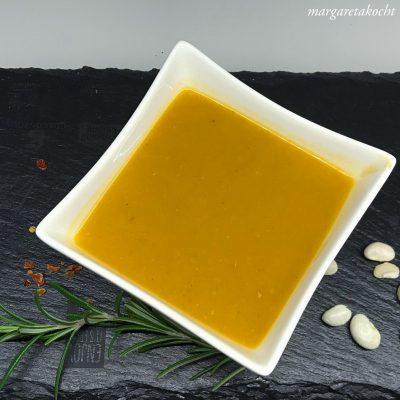 """köstliche """"Winter"""" Suppe mit Bohnen & Tomaten (und) cremig & wohlig wärmend"""