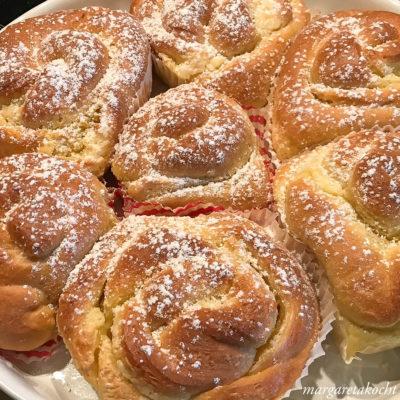 flaumige Frischkäse Schnecken (und) geputzte Küche baba!
