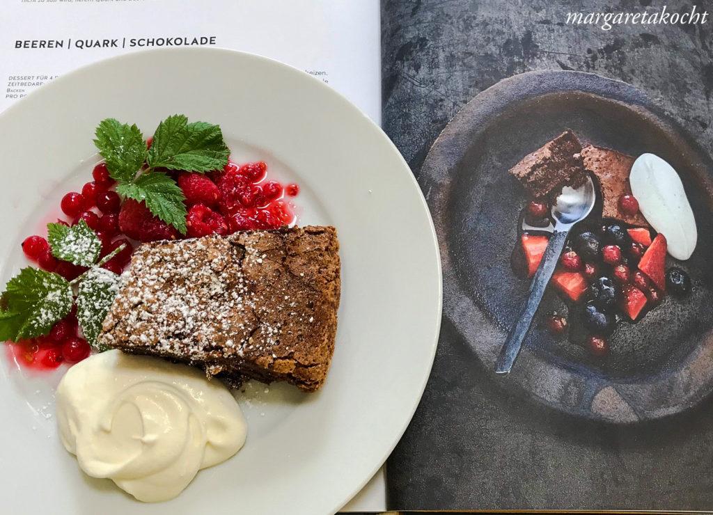 Brownie | Beeren | Vanille-Topfen