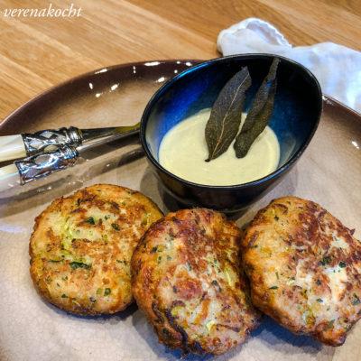 Gurken Käse Laibchen mit Avocado Joghurt Dip (und) Ein Hoch auf die Gurken Saison!
