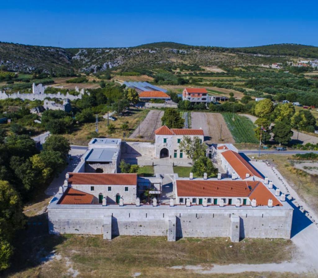 | REVIEW | Heritage Hotel Maškovića Han (Vrana/Pakoštane, Croatia) – Hotel, Café & Restaurant