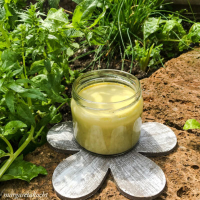 g'schwinde Joghurt Basilikum Suppe (oder) warme kalte Suppe