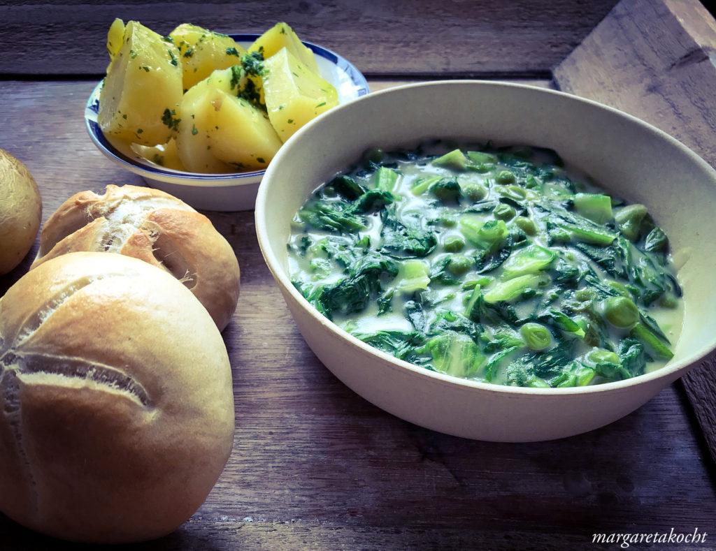 köstlicher Kochsalat mit Erbsen