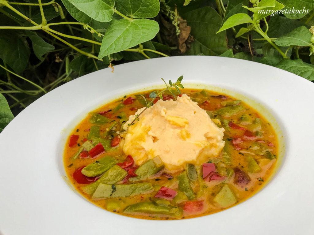 veganes Curry mit Fisolen (grünen Bohnen)