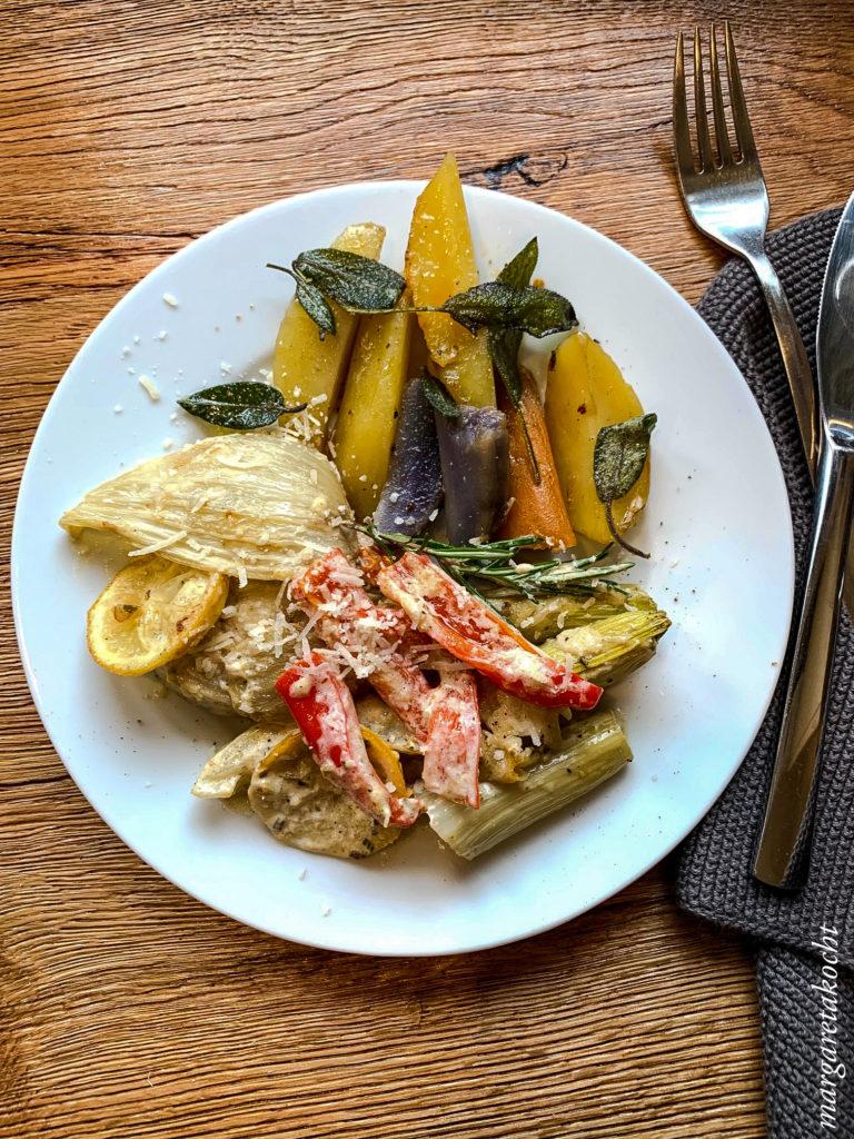 Fenchel Paprika Gratin mit Ofenkartoffeln